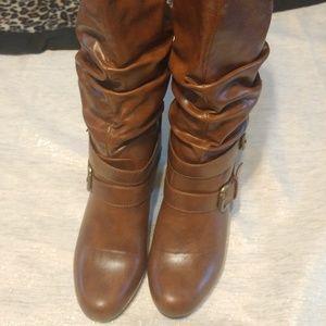Madden Girl Prepie Boots Brown Heeled Size 7.5